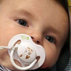 smoczek uspokajający dla niemowląt